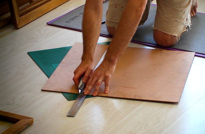 Cutting-hardboard-for-DIY-canvas-panels-for-painting-Damian-Osborne